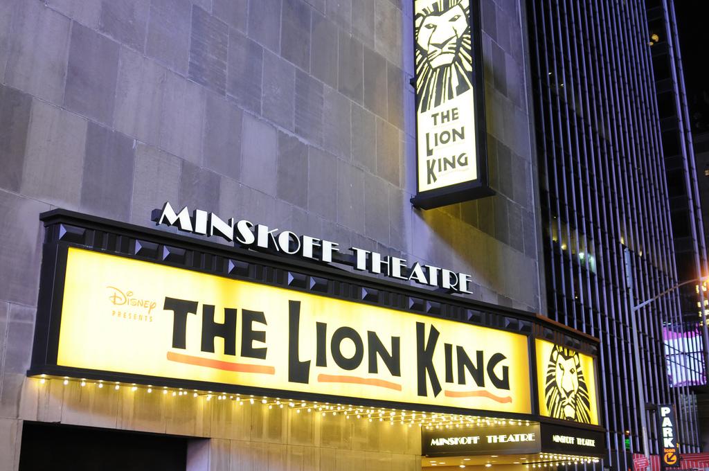 """Jon Favreau dirigirá una nueva versión en acción real de """"The Lion King"""""""