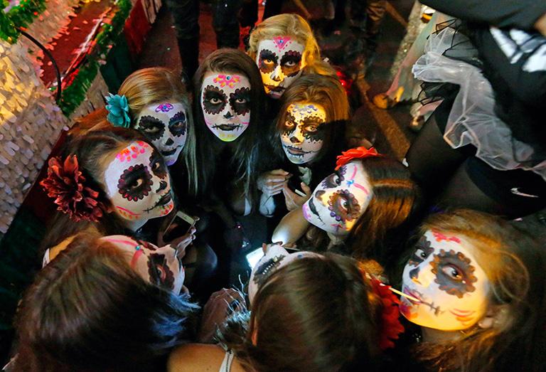 Celebraciones y tradiciones mundiales de la muerte