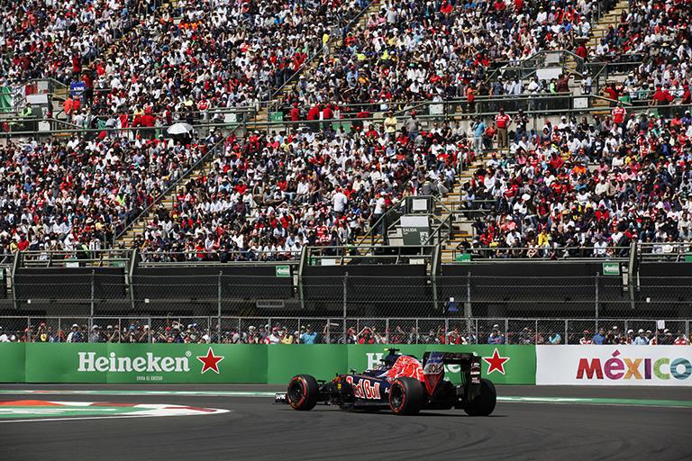 Fórmula 1 gran festín automovilístico para miles de aficionados mexicanos