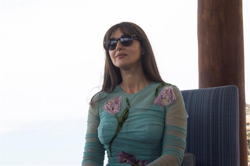 Premian a la diva italiana Monica Bellucci