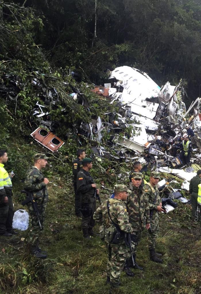 Cadenas de errores causan tragedia del Chapecoense en Colombia