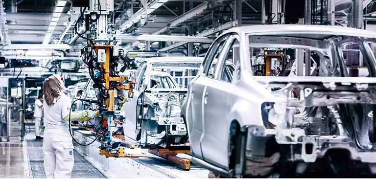"""El """"pacto para el futuro"""" de Volkswagen afectará a 30.000 empleos"""