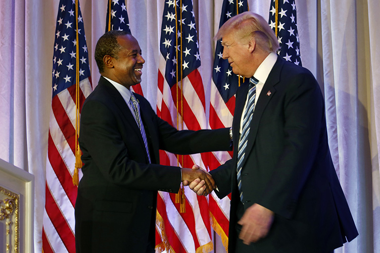 Donald Trump elige a Ben Carson como secretario de Vivienda