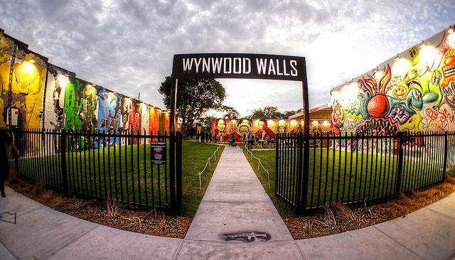 """""""Fear less"""" nueva exposición de grafiti en los Muros de Wynwood"""