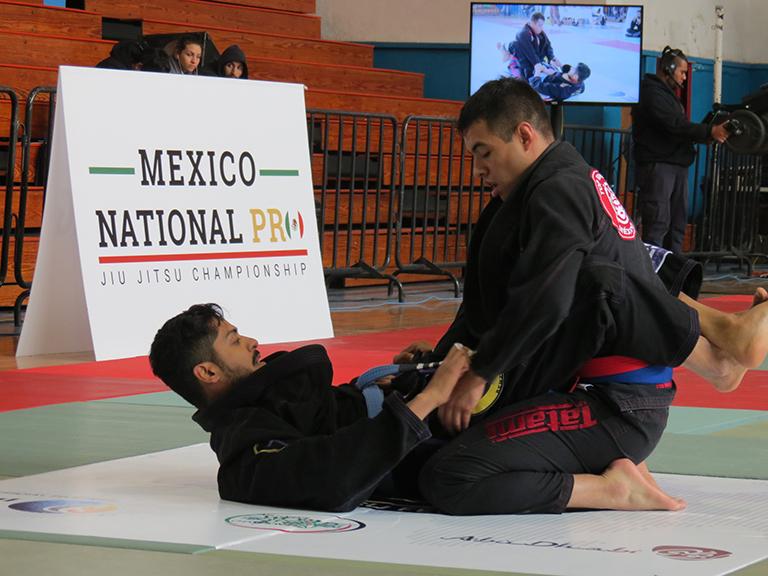 México National Pro