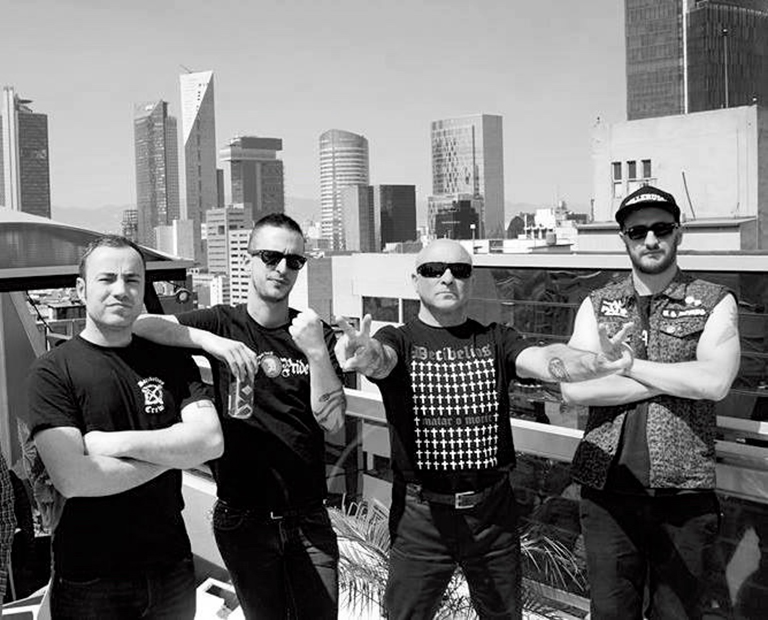 El 'rock putrefacto' de Decibelios, al Non Stop Ska