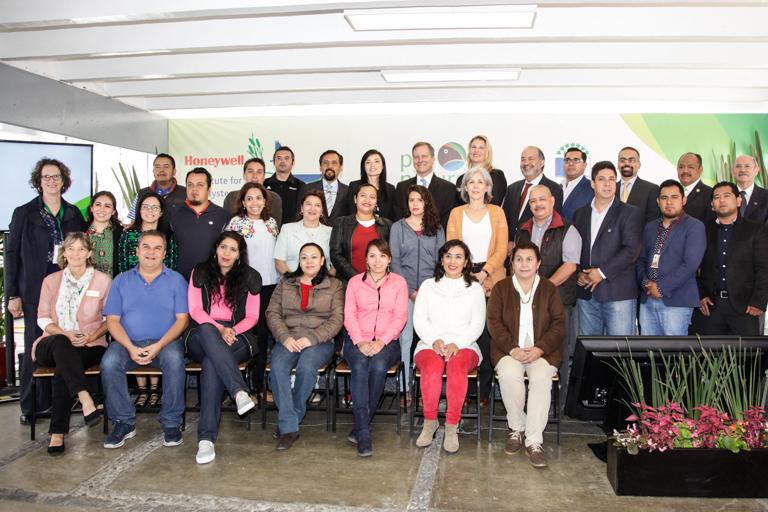 Unen esfuerzos por educación ambiental en CDMX