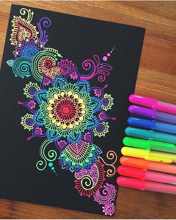 ¡Medita diferente, colorea mándalas!