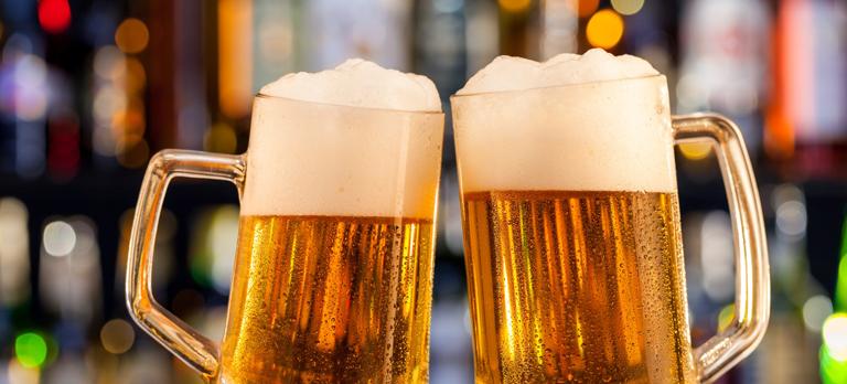 ¿Qué Debes beber para no aventar tu dieta por la ventana?