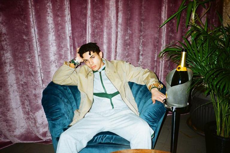 Jimothy Lacoste es la nueva estrella del hedonismo y el rap moderno