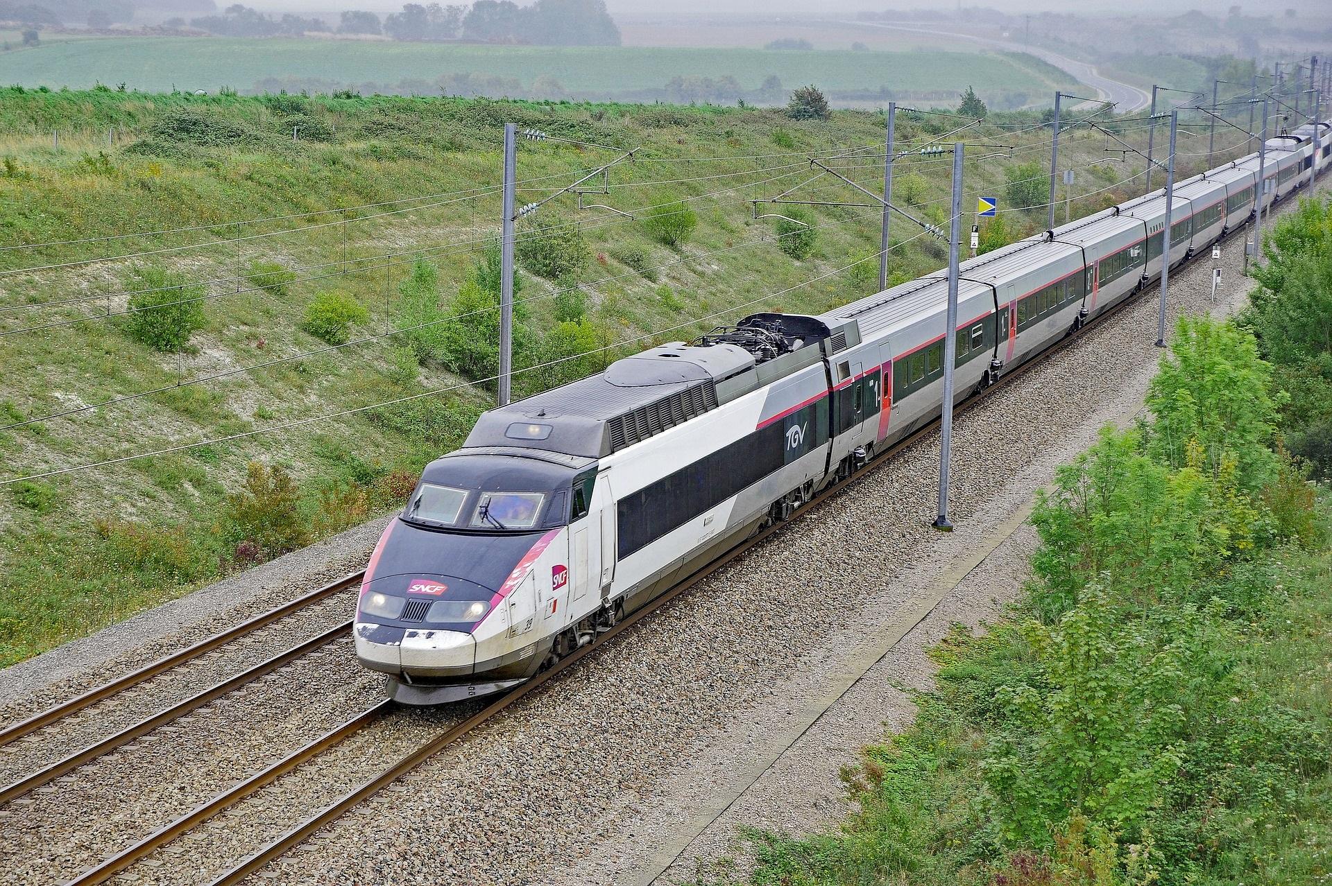 ¿Por qué viajar en tren por Europa es la mejor alternativa para reducir el impacto ambiental?