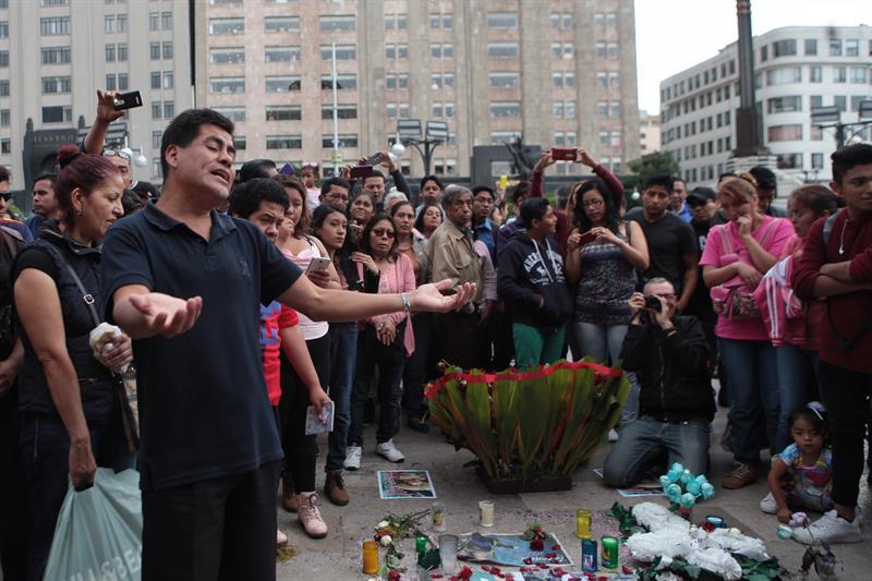 Autoridades prevén miles en tributo a Juan Gabriel en Palacio de Bellas Artes
