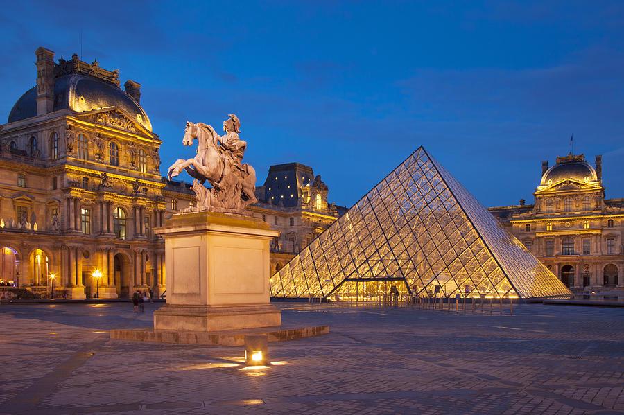 El Museo de Louvre pide donaciones para restaurar una mastaba egipcia