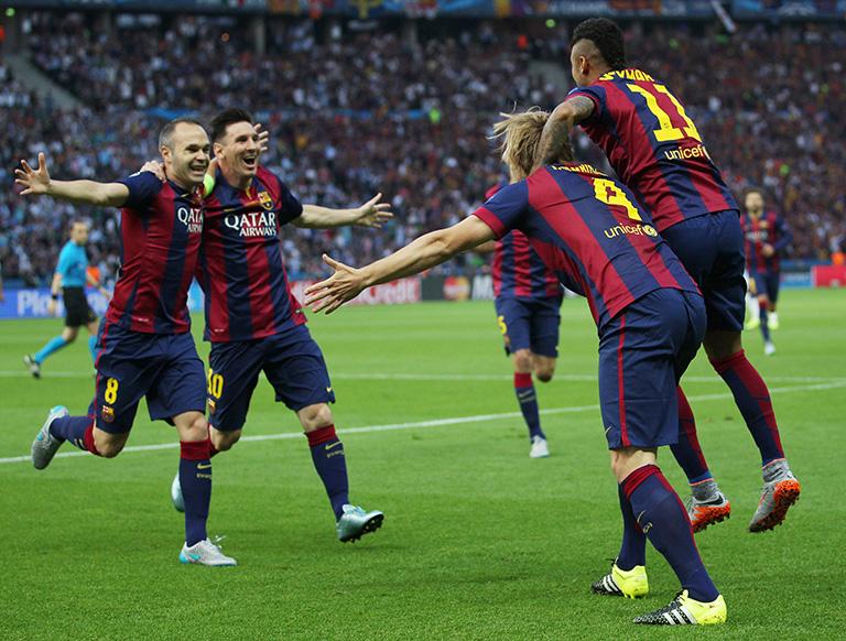 """El autor inglés ha estudiado el juego de Messi y del F.C. Barcelona y asegura que """"es un sistema muy matemático y efectivo"""".EFE/EPA/INA FASSBENDER"""