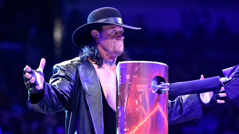 El Undertaker se despide del ring