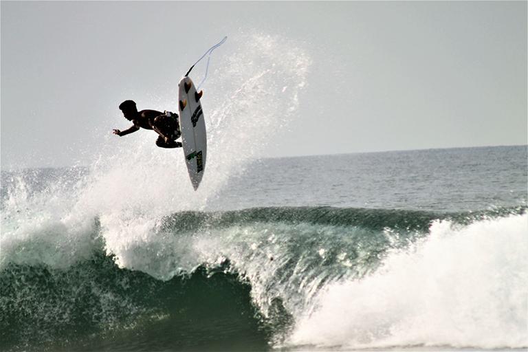 ¡Fiestas patrias con surf en Acapulco!