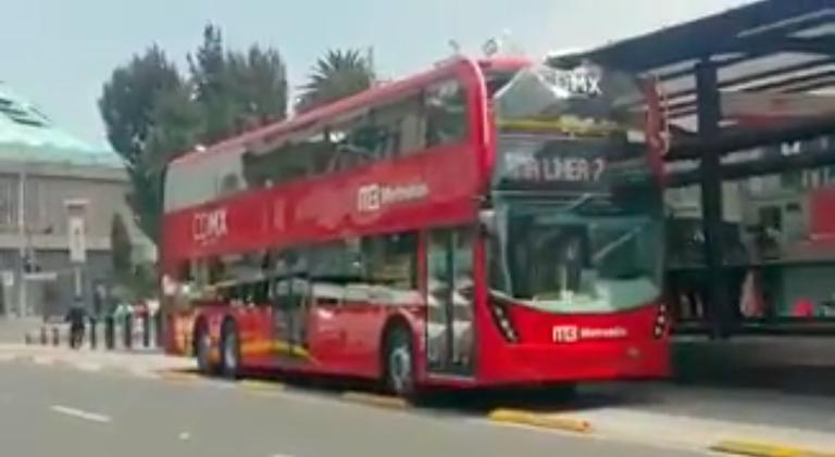 Metrobús de lástima: Mancera no da una